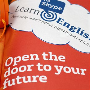 Erfolg - Open the door to your future with English